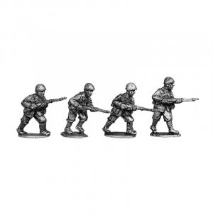 Italian riflemen wearing helmets 4